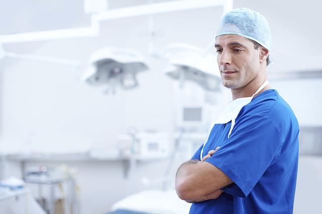 Tout savoir sur l'endoscopie du rachis